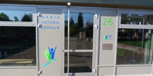 Haupteingang-Maria-Victoria-Schule